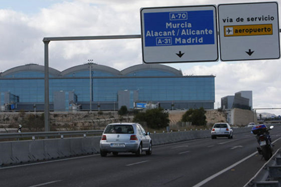 Arrival at Alicante Airport Parking